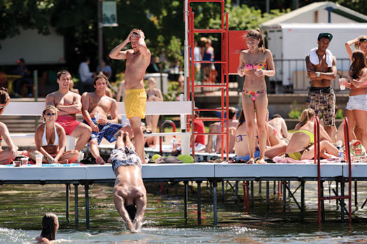 Terrace_swim_pier10_2234_525