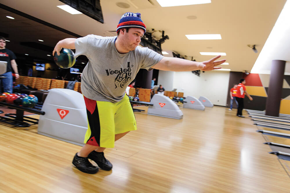 Union_South_bowling14_9066