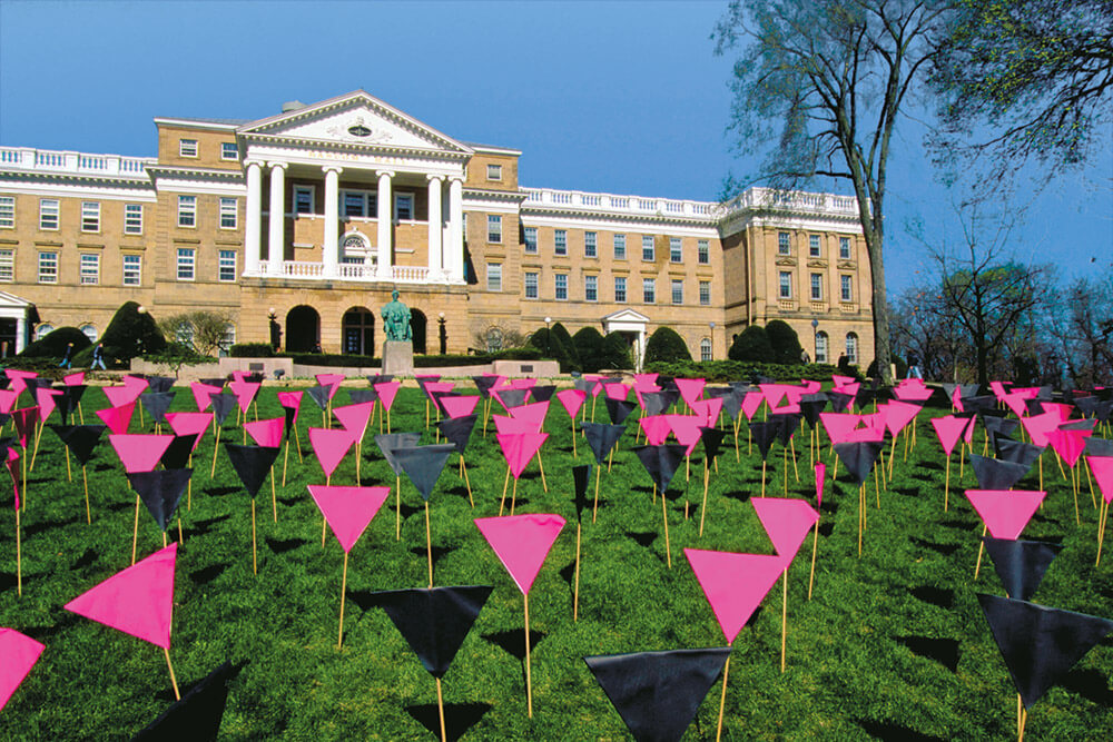 Bascom_pink_triangles98_1