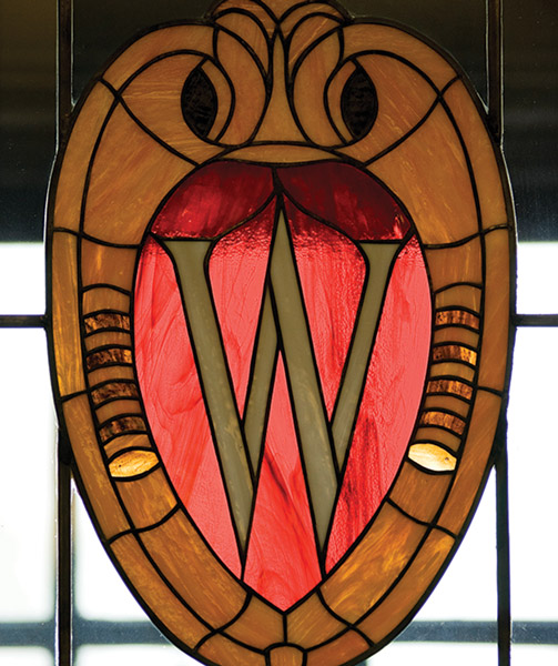 WCrest_window_MemU08_1932