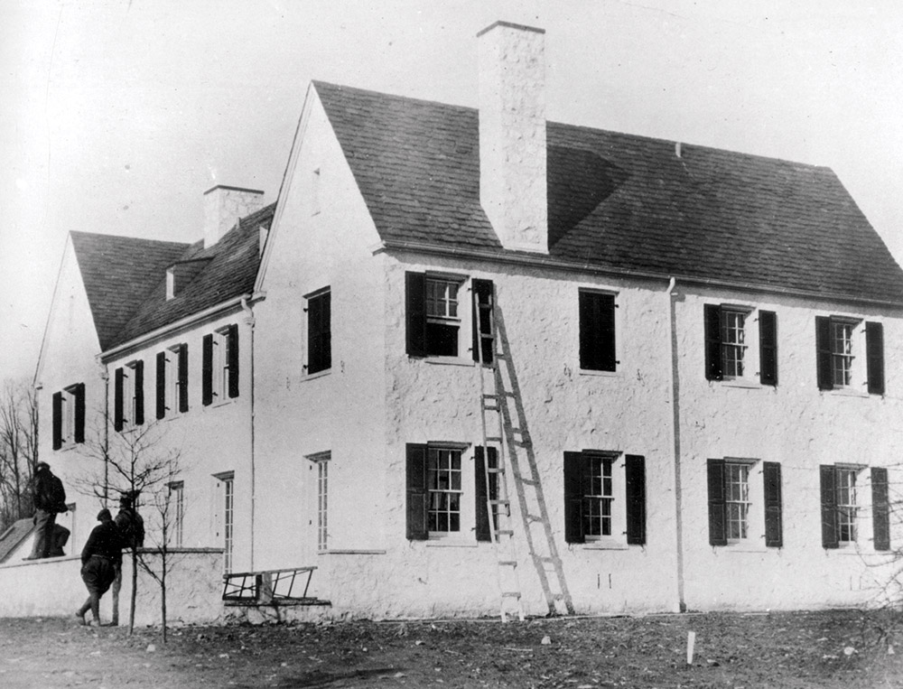 Police — shown below reconstructing details of the child's disappearance from Lindbergh's New Jersey estate — exhausted leads from a ransom note and a chisel found at the crime scene before consulting Koehler. AP Photo.