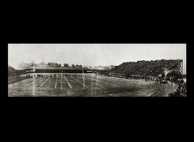 football-fight-panoramic