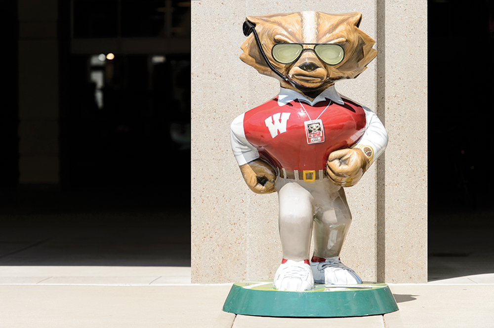 Bucky statue painted to resemble Barry Alvarez
