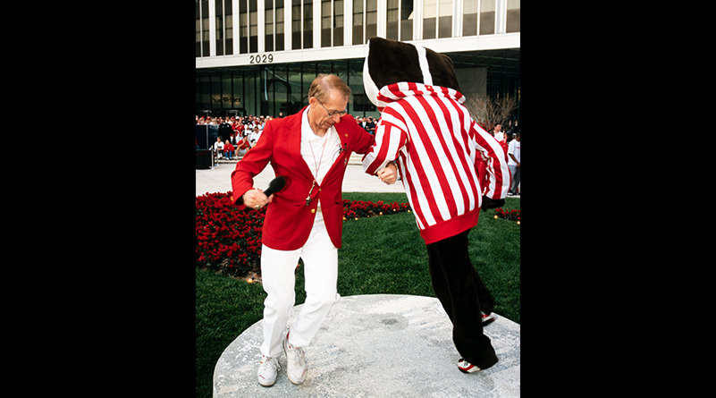 Mike Leckrone polkas with Bucky Badger