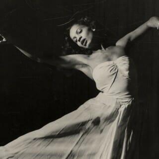 Mary Hinkson dancing