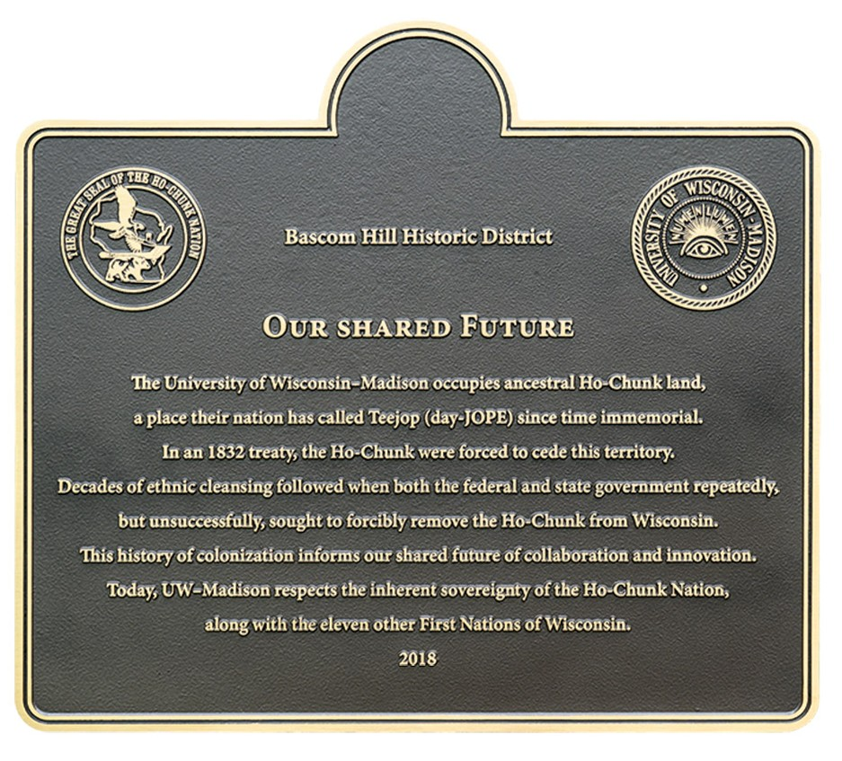 The plaque. Full text of plaque available below.