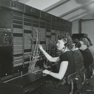 Operators connect callers in the UW telephone system, circa 1930