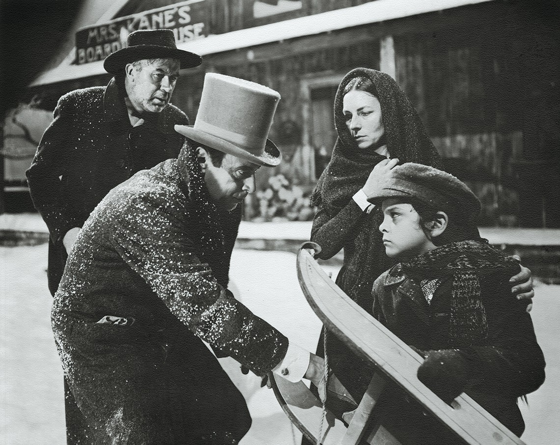 Agnes Moorehead in a scene from Citizen Kane