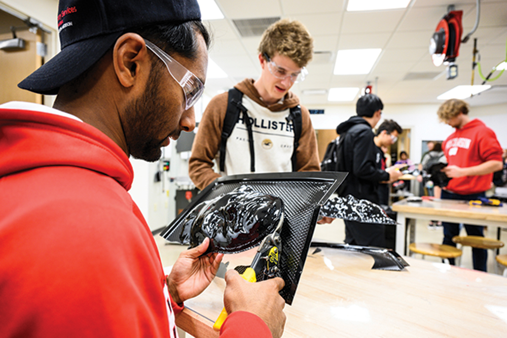 Students collaborate on projects in the UW Makerspace