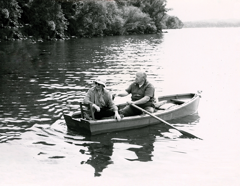 Eleanor and Albert Gallistel in a row boat